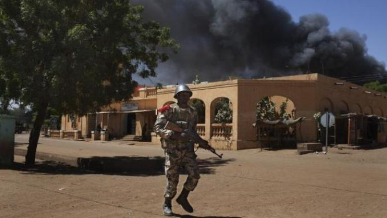 soldat-militaire-armee-malienne-explosion-attaque-violence-attentat-nord-mali-kidal-gao-tombouctou